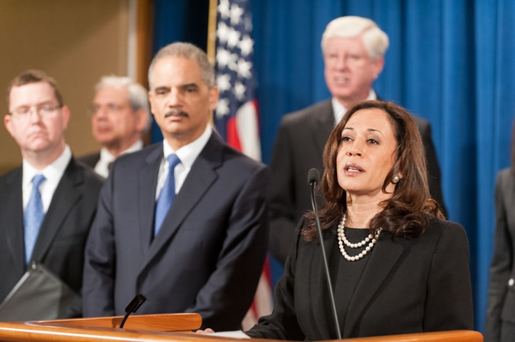 Kamala Harris Gets Endorsements From Dianne Feinstein And Barbara Boxer