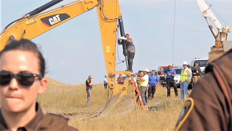 Vets Meet Pipeline Protesters: Standing Rock Elders Get More Support