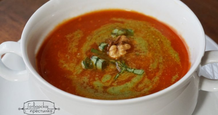 Зимна, гъста доматена супа