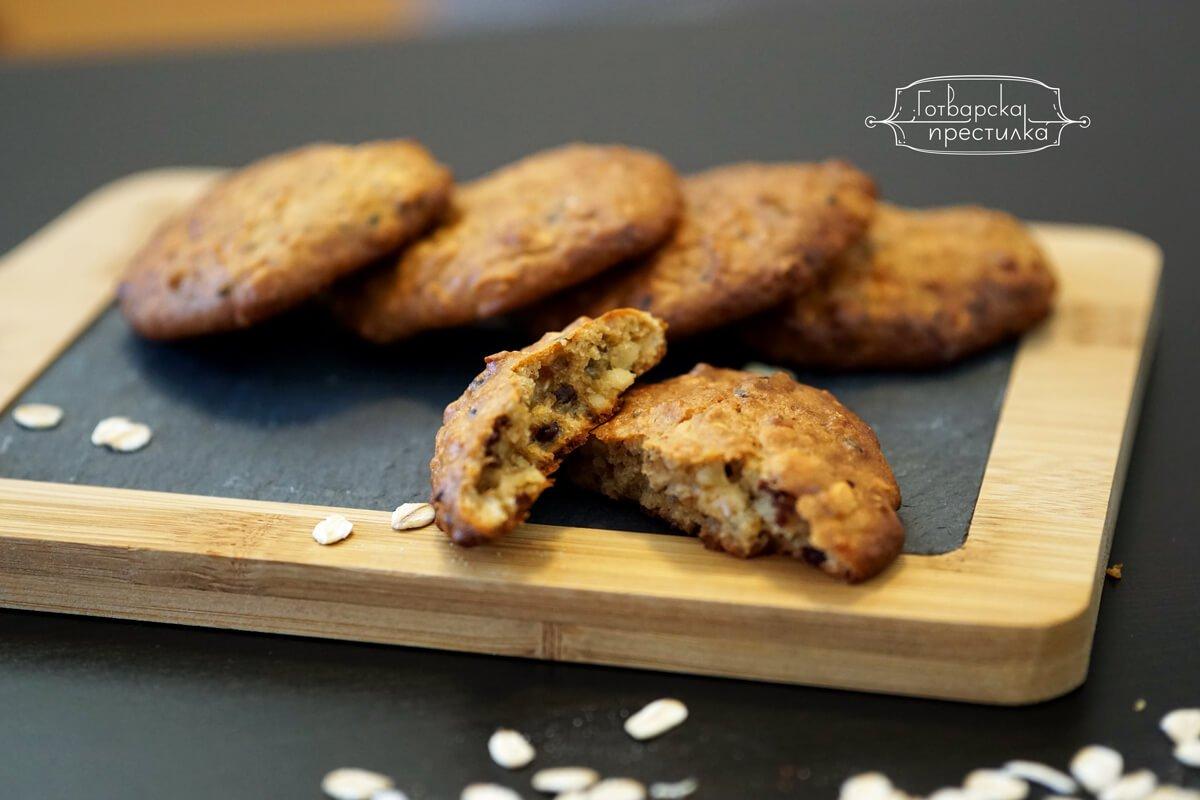 овесени бисквити без захар с фъстъчено масло