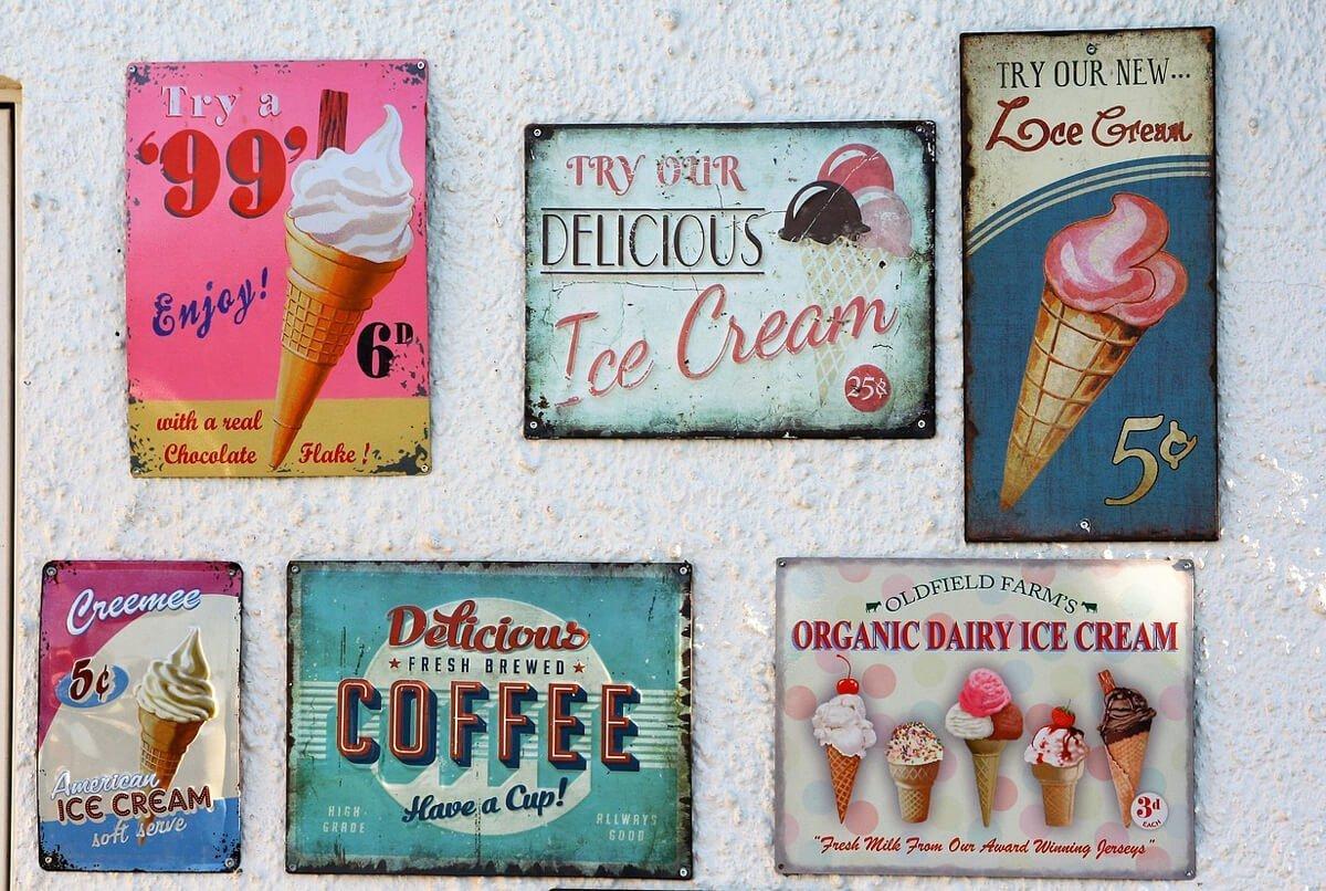 табели с реклами на сладоледи от света