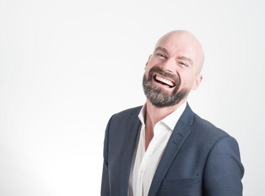 laugh Bir Fotoğrafdaki En Çekici Yüz ifadesi