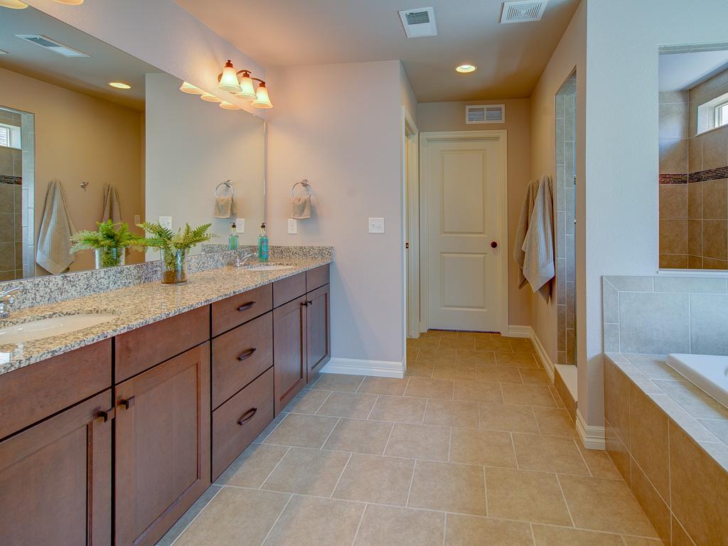Tahoe-Master Bathroom alt