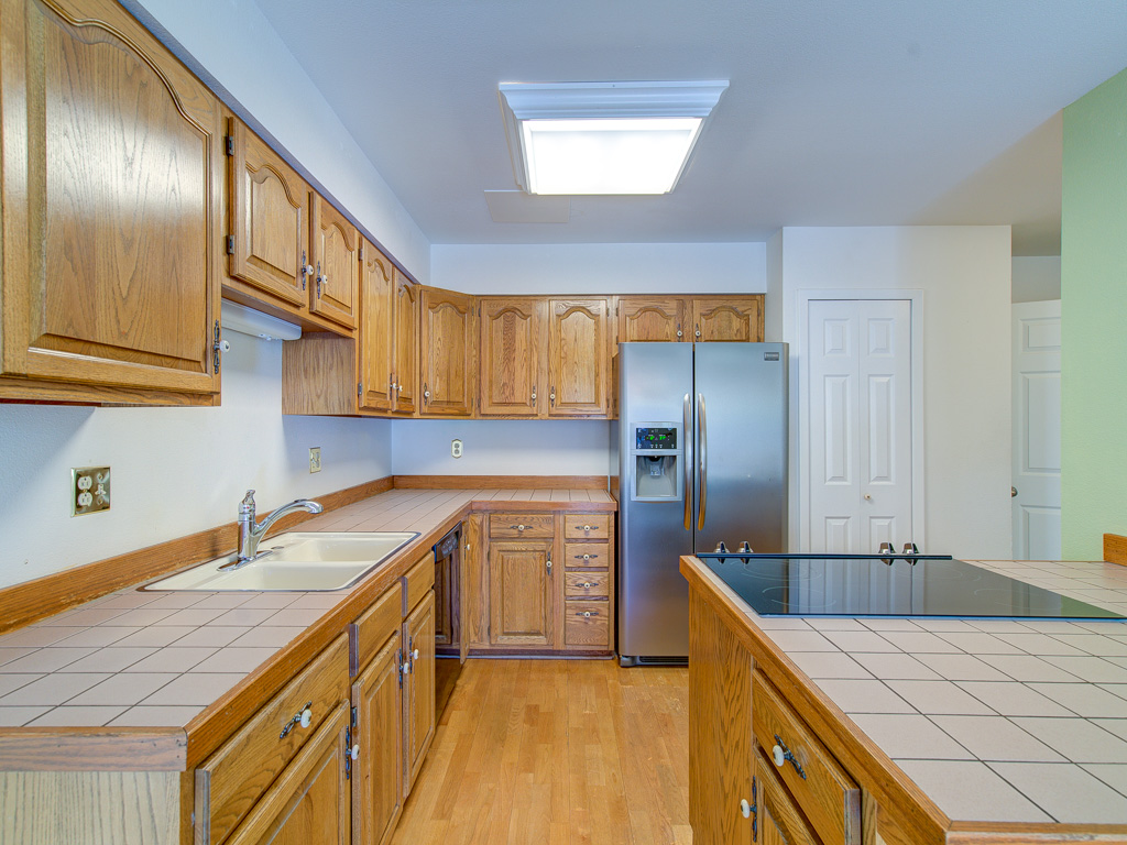 Brookdale-Kitchen 3