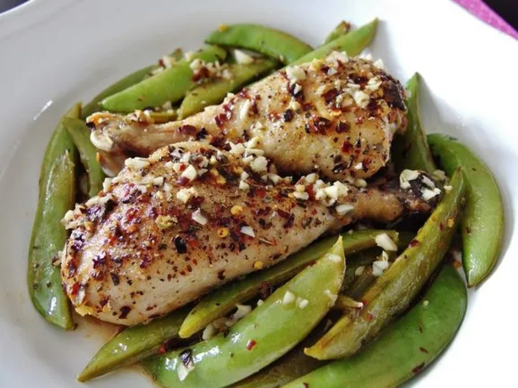 Oven Baked Chicken Drumsticks with Sugar Snap Peas