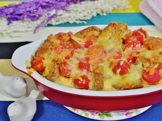 Sausage and Cheese Strata Recipe