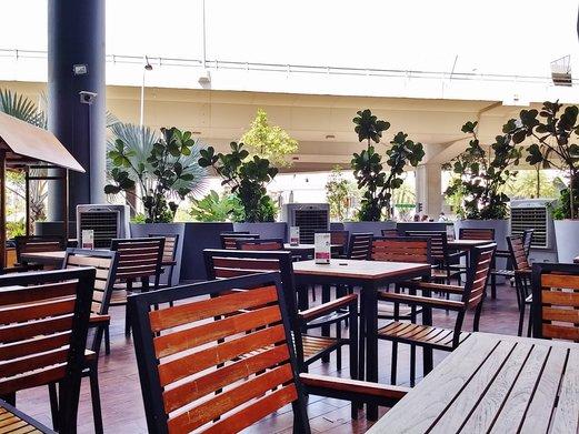 STREET 50 Restaurant & Bar @ Bay Hotel Singapore