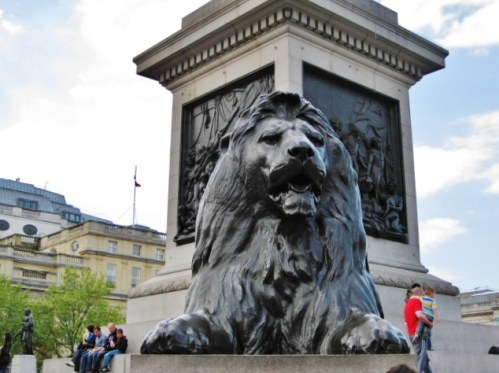 Things To Do In London | Trafalgar Square | Nelson's Column