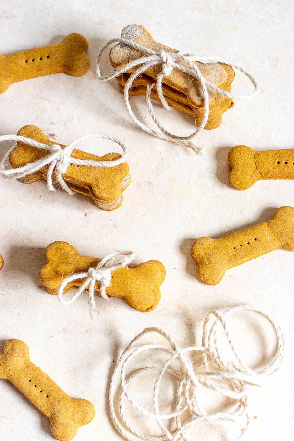 Easy Pumpkin Dog Treats