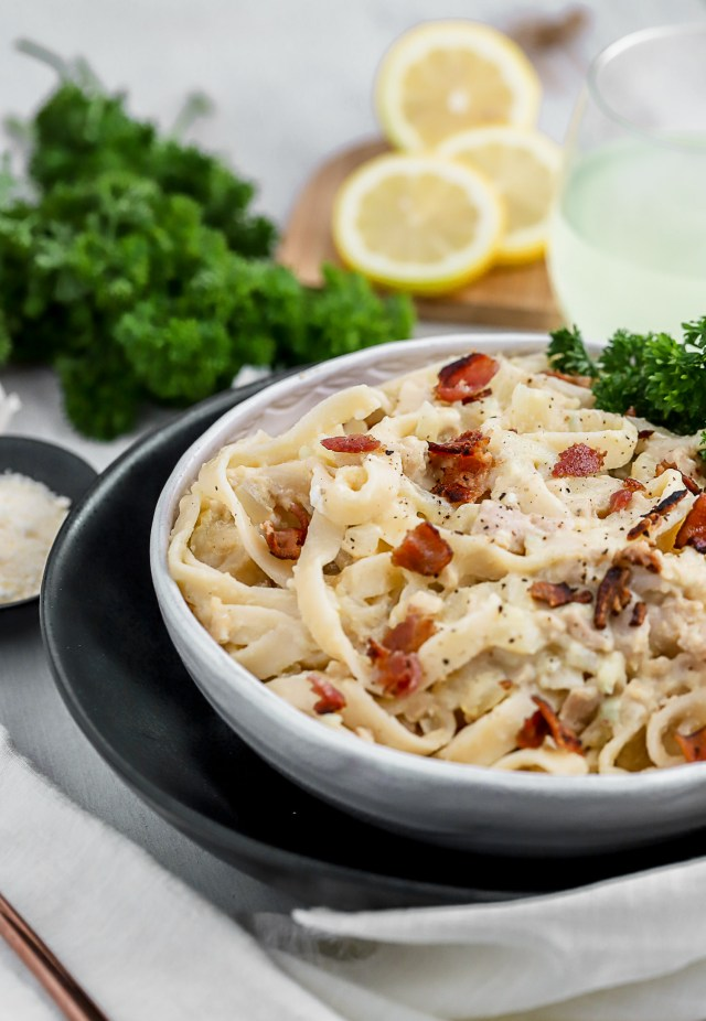 Tagliatelle with Garlic Clam Sauce