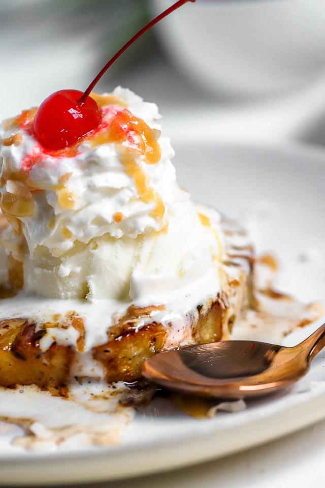 Grilled Pineapple Ice Cream Sundae