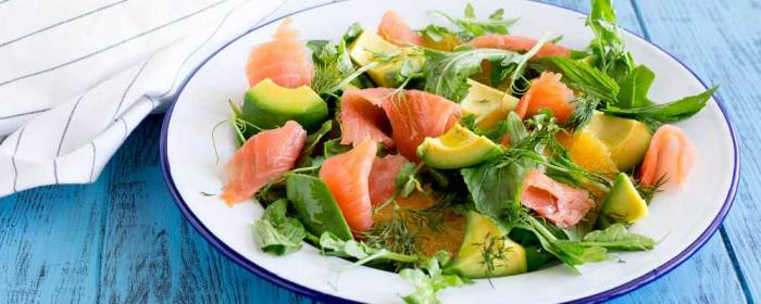 Smoked Salmon, Orange and Avocado Salad #SundaySupper