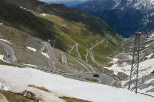 Stelvio Pass (photo by Yox)