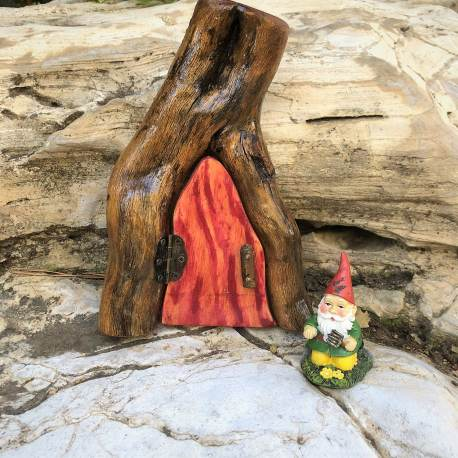 Red Gnome Door Handmade by Sprouted Dreams (11)