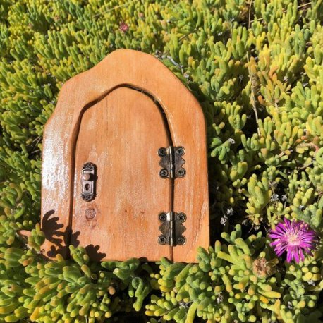 Small Outdoor Fairy Door handmade by Sprouted Dreams6