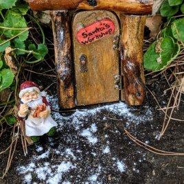 Santa's Workshop Set