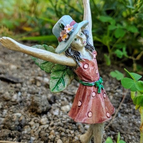 Praising Pixie from Sprouted Dreams3