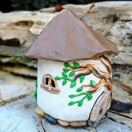 the Forest Cottage handmade by Sprouted Dreams7