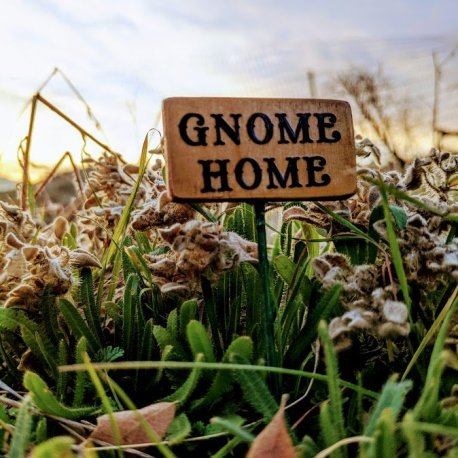 Gnome Home Sign5