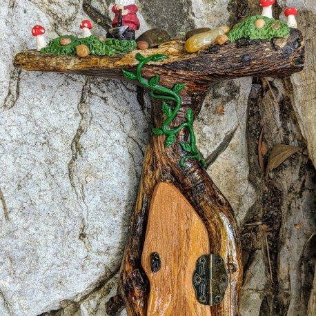 Gnome Topper Door3