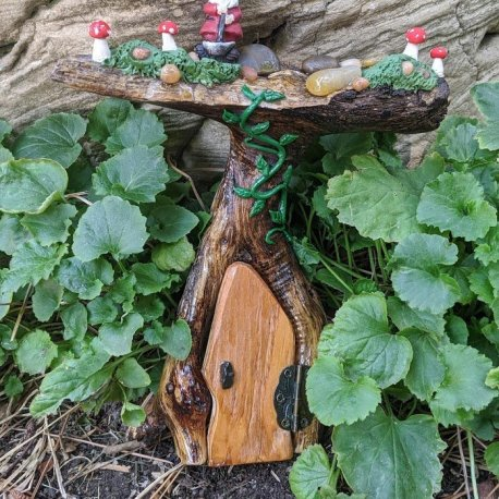 Gnome Topper Door6