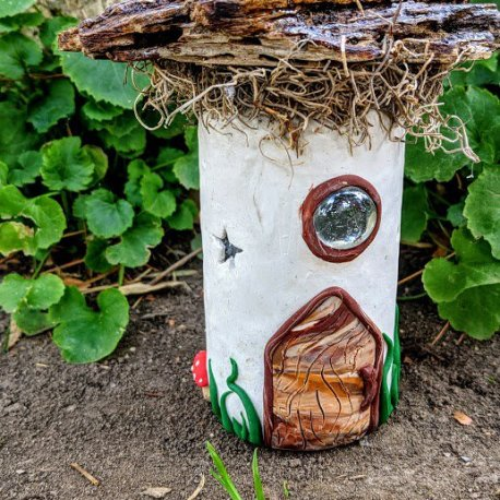 Mossy Top Light Up Fairy House