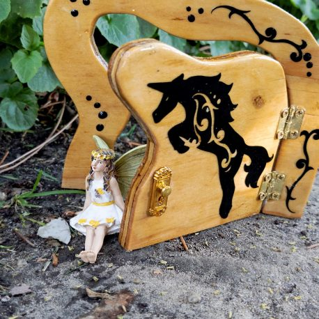 Jumping Unicorn Fairy Door3