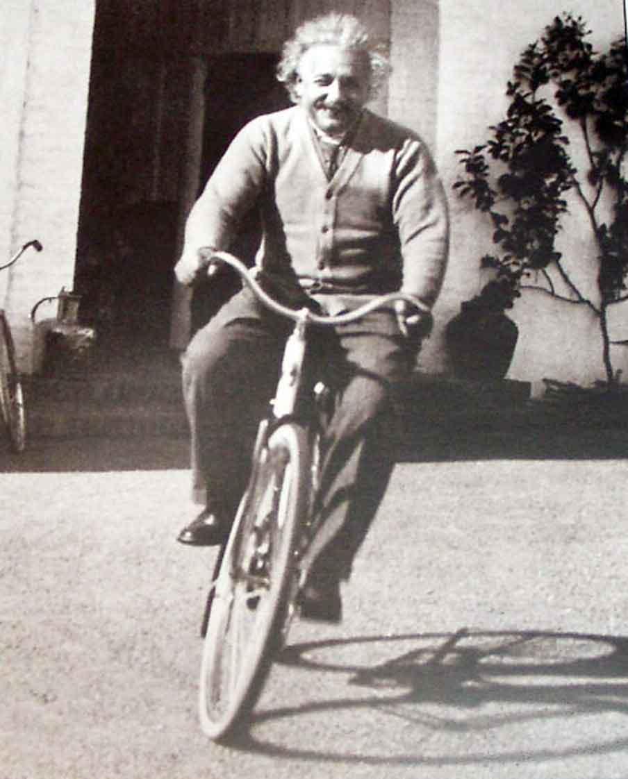 einstein-cycling