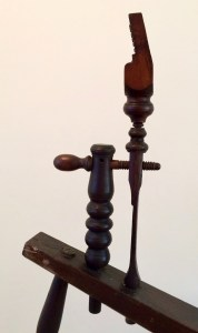 Detail of tension holder and spindle head holder.