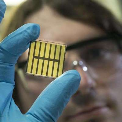 Shedding light on perovskite films