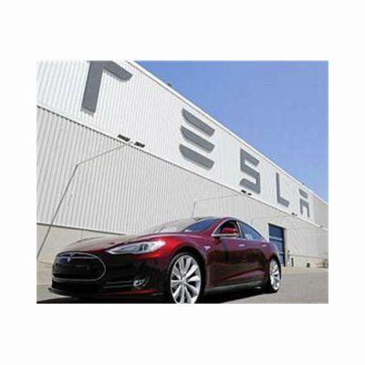 UK auto sector embraces electric car 'gigafactories'