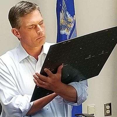 Senator Martin Heinrich visits AFRL and its Advanced Solar Power Initiatives