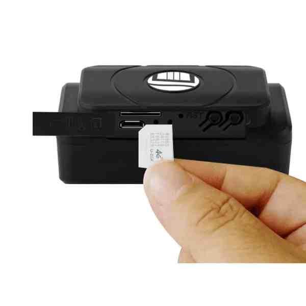 Car tracker magnetic