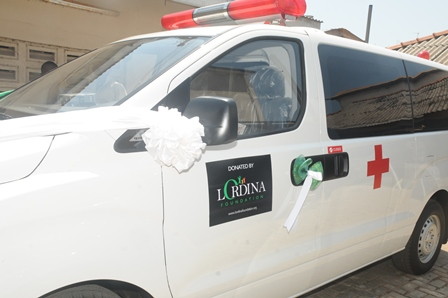 1st Lady Donates Ambulance to Children's Hospital 006