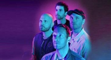 """Sono tornati i Coldplay con """"Higher Power"""" ed è subito un successo (VIDEO)"""