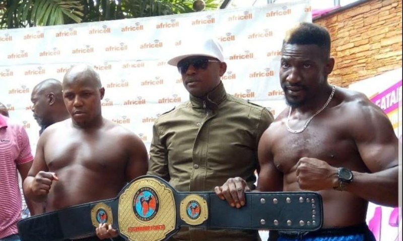 The big talking kick boxer Golola Moses knocks out Abu Kikenwa.