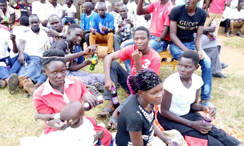 Angry Locals Reject RDC's Security Meeting