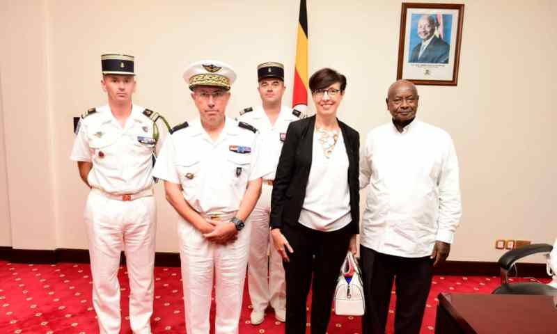 Museveni Meets Commander of French Forces in Djibouti