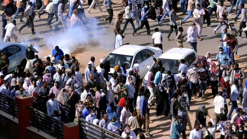 Sudan Main Opposition Leader Arrested As Protests Demanding President Bashir To Step Down Escalate