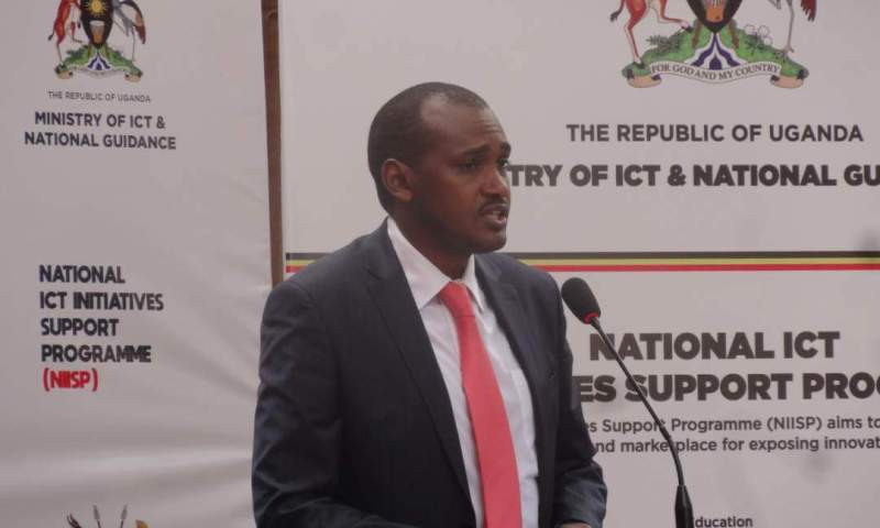 Minister Tumwebaze Among The 12,000 MUK 2019 Graduands Lined Up For Tues.Ceremony!