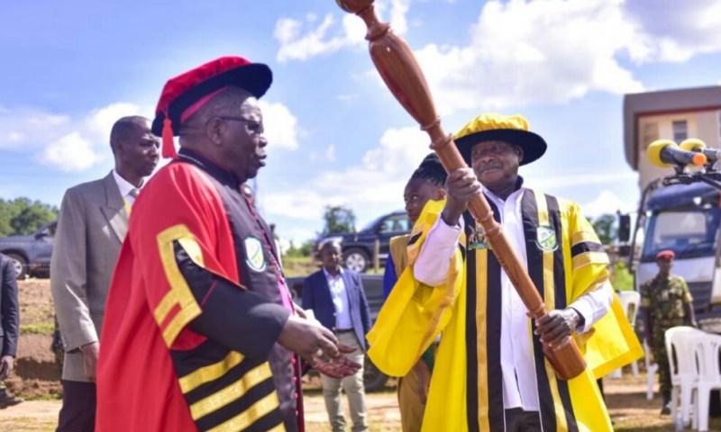 Museveni Inaugurates St. Joseph University Mbarara (USJM)