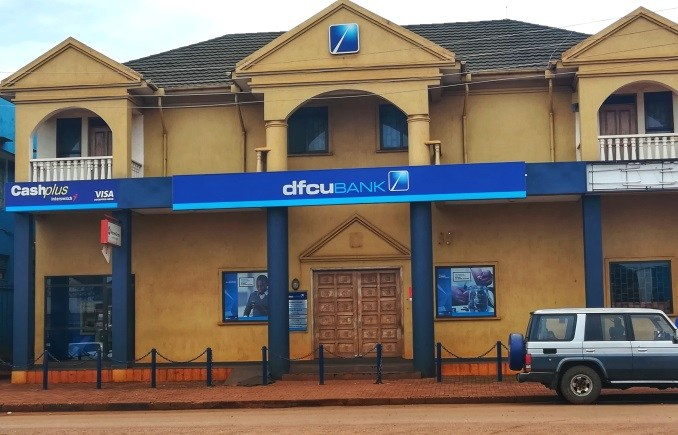 Thugs Rob dfcu Customer On Gun-Point Inside Banking Hall!