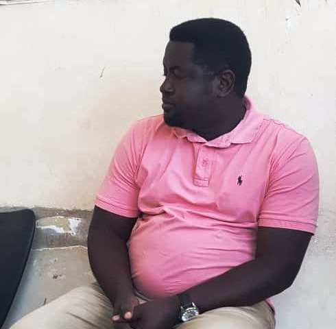 Exclusive: Pants Down: Police Nets Horny Top City KAA Lawyer For Defiling 16 Y'r Old Pupil!