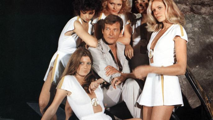 Famous Actor Of James Bond Movie Roger Moore Dies At  89!
