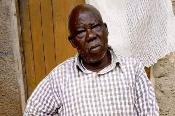 Police Arrest 70 Year Old Omar For Stoning President Museveni's Car