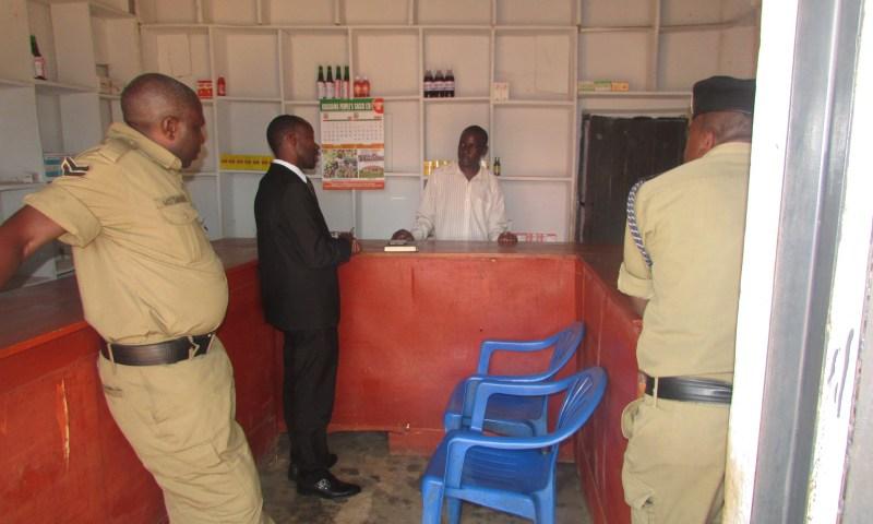 Fake Doctors Arrested With Gov't Drugs