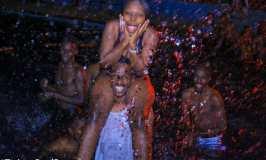 OMG! Tweeps Enjoy Steamy Romping Sprees At Twitter Pool Party