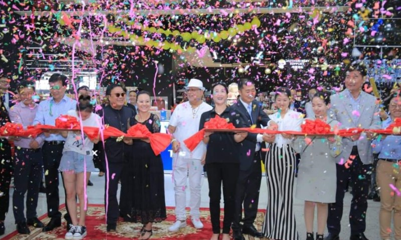 Chinese Investors Open Up Biggest Supermarket In Uganda At Sudhir's Kingdom Kampala Mall