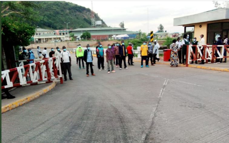 Ugandan Gov't Frees Over 80 Rwandans From Detention, Deports Them To Rwanda