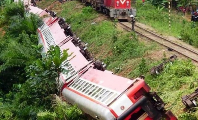 Train Crash Kills Three On Spot, Dozens Injured